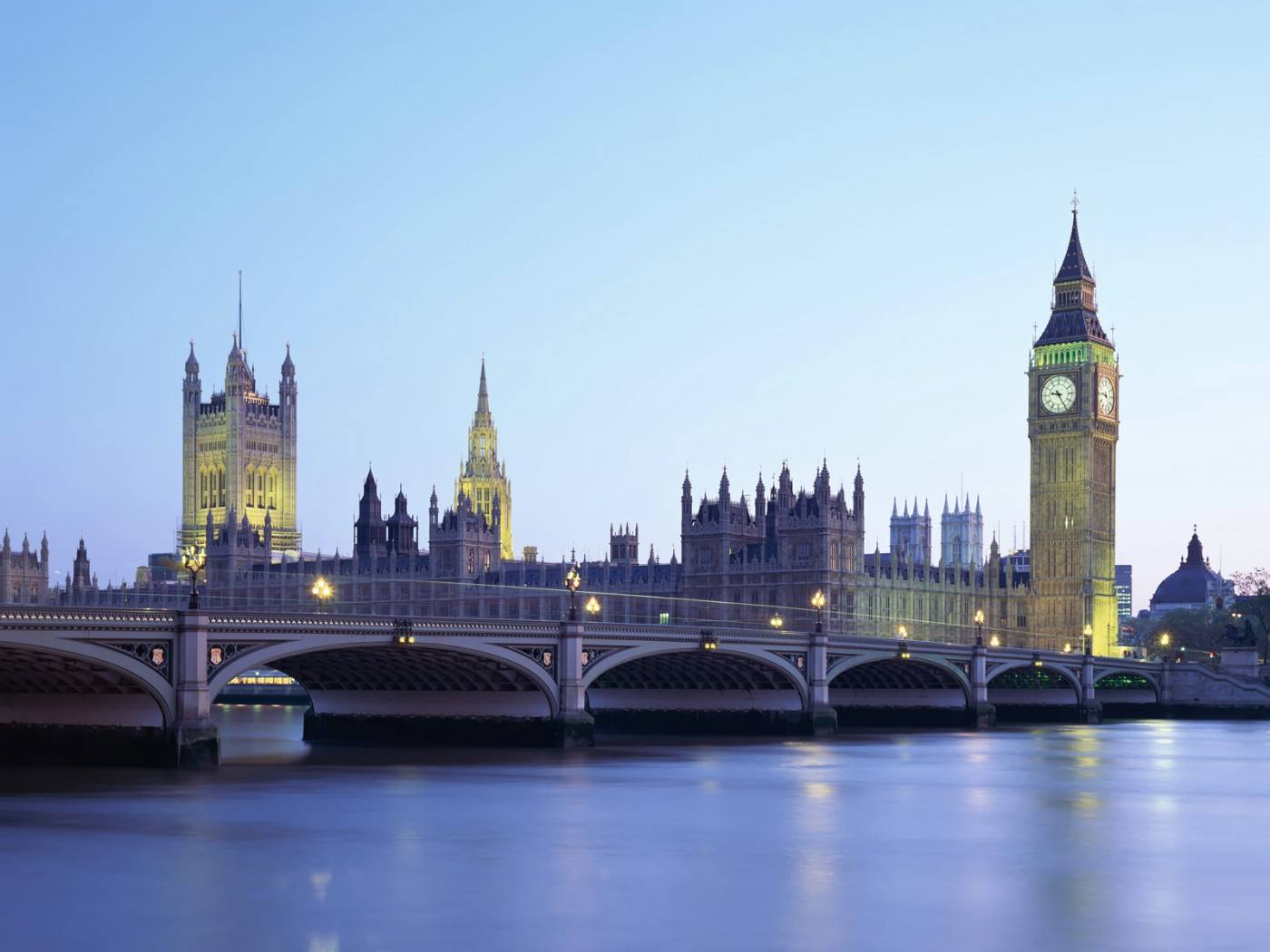 为了给孩子更适合的教育我远赴英国
