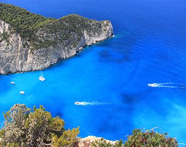 上帝打翻了藍色染料瓶的地方——希臘