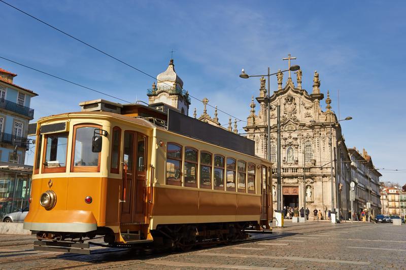 单亲妈妈圆梦葡萄牙