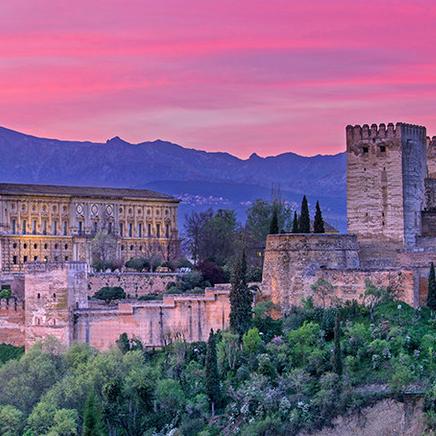 什么程序是申请人必须亲自前往西班牙办理?